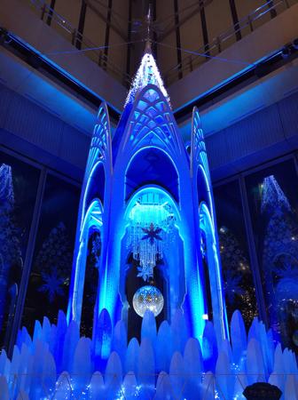 Christmas tree of Frozen in Marubiru in Tokyo