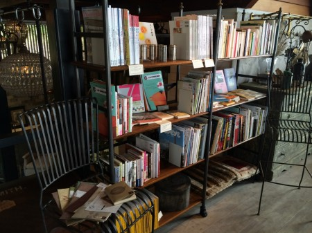 c:hord hayama antiques&book cafe