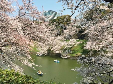 Chidorigafuchi-ryokudo Walkway
