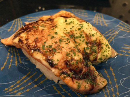 Grilled salmon topped with mayonnaise in Gurume Tei