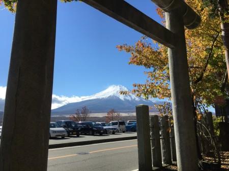 Autumn leaves and Mt.Fuji in lake yamanaka