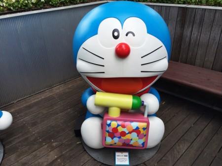 Doraemon CM Candy gun CMキャンデー発射機