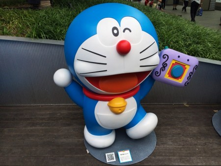 Doraemon 着せ替えカメラ Change clothes camera