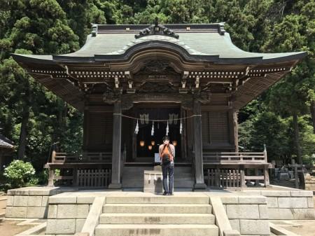 Main shrine at Goryo Jinja shrine in Kamakura