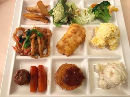 Morning buffet in Mitsui Garden Hotel Prana Tokyo Bay