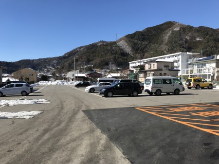 Parking lot in Arakurayama Sengen Park